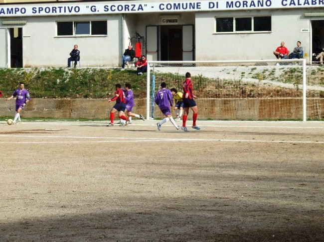 Calcio, in 2^ categoria Acri balza al comando. In 3^ Rocca Imperiale al quarto posto