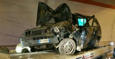 Montegiordano, incidente in galleria. Tre giovani feriti
