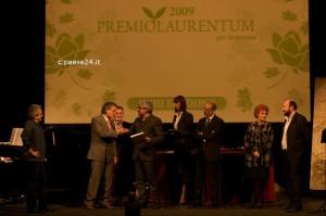 Muscetta premiato a Roma da Pino Insegno