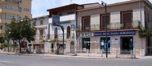 L'ex sede della Direzione Generale BCC dello Jonio ad Amendolara Marina, dal 1^ settembre filiale della BCC Mediocrati