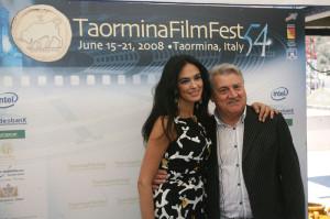 Gerardo Sacco con l'attrice Maria Grazia Cucinotta