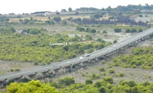 Il viadotto sulla E90 (ex Ss 106)  tra Trebisacce e Villapiana