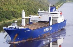 La nave con le armi chimiche a bordo in viaggio verso il Porto di Gioa Tauro