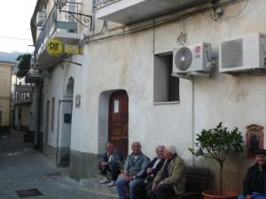 Ufficio postale chiuso nel centro storico di Trebisacce