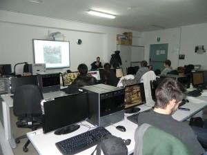 Gaetano Marcovecchio descrive ai ragazzi la sua esperienza di amministratore