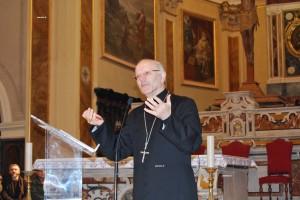Mons. Galantino annuncia la visita del Papa a Cassano