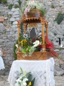 L'effigie della Madonna esposta all'aperto
