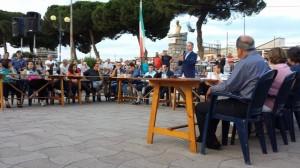 Consiglio in piazza