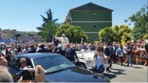 Il Papa nel centro di Cassano (foto presa dal web)