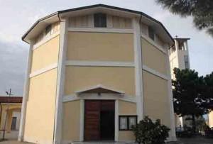 La Chiesa di San Pio X°, dove si sono svolti i funerali del sedicenne Francesco Morfò