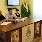 Il dirigente del Comune di Rossano, Giuseppe Passavanti (A sinistra), l'assessore Guglielmo Caputo (al centro) e la dottoressa Benedetta De Vita (a destra) dell'Ufficio Europa/Turismo (Foto CMP Agency)