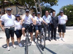 Vigili Urbani con il sindaco Giuseppe Antoniotti e il Vice-comandante della Polizia Locale Pietro Pirillo (Foto di Antonio Le Fosse).jpg