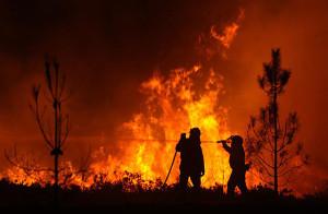 Incendio in montagna a Rossano
