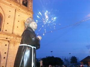 La statua di Sant'Umile