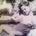 Lucio Pinkus, bimbo nato proprio in quella casa da genitori internati. Foto appartenente all'archivio di Ester Alois
