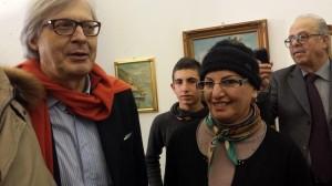 Lena Gentile con Vittorio Sgarbi alla Biennale di Palermo di questi giorni