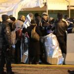 Immigrati accolti nel Porto di Corigliano Calabro (Foto Antonio Le Fosse)