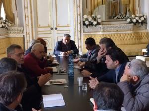 Un momento dell'incontro tra l'esecutivo di Corigliano e quello di Rossano