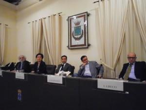 Tavolo dei relatori - Foto di Antonio Le Fosse