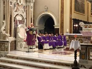 Un momento della Santa Messa di ieri