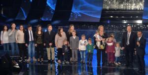 La famiglia Anania sul palco dell'Ariston
