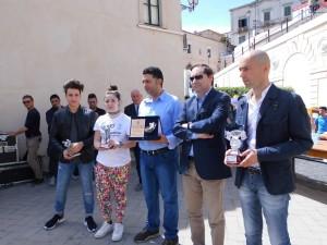 La premiazione di alcuni atleti rossanesi (Foto di Antonio Le Fosse)