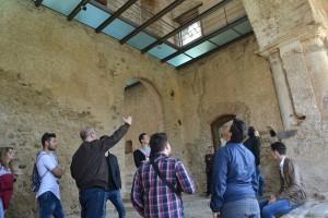 Il lavoro della guida turistica presso il castello federiciano di Rocca Imperiale