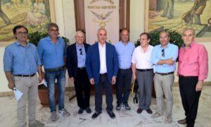 i sottoscrittori dell'associazione Strade del Vino e dei Sapori delle Terre di Calabria della provincia di Cosenza